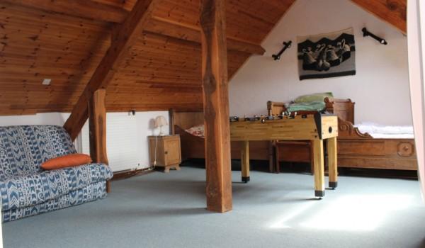 Grande chambre 3 lits une personne